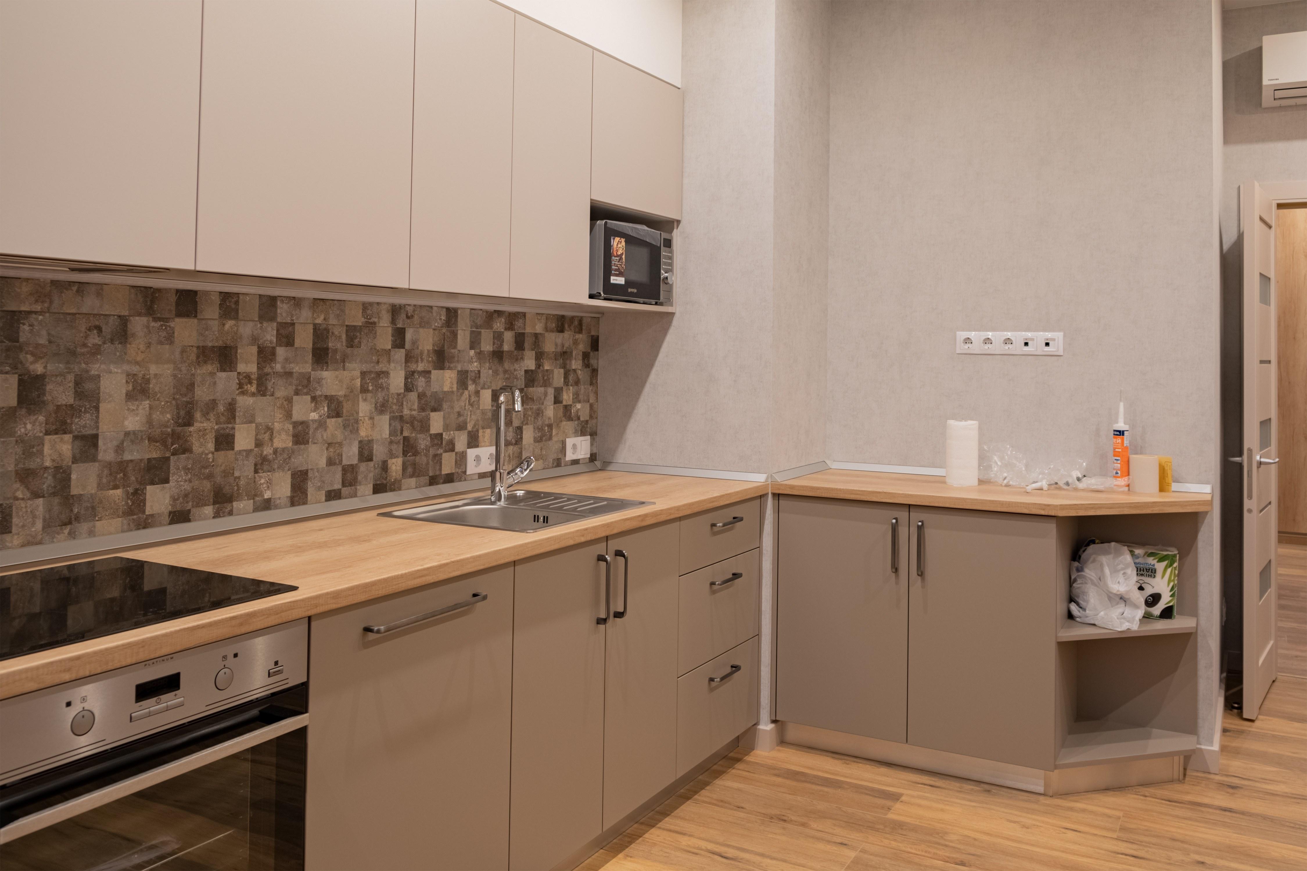 Установка модульной кухни в ЖК Гагаринский Стикон
