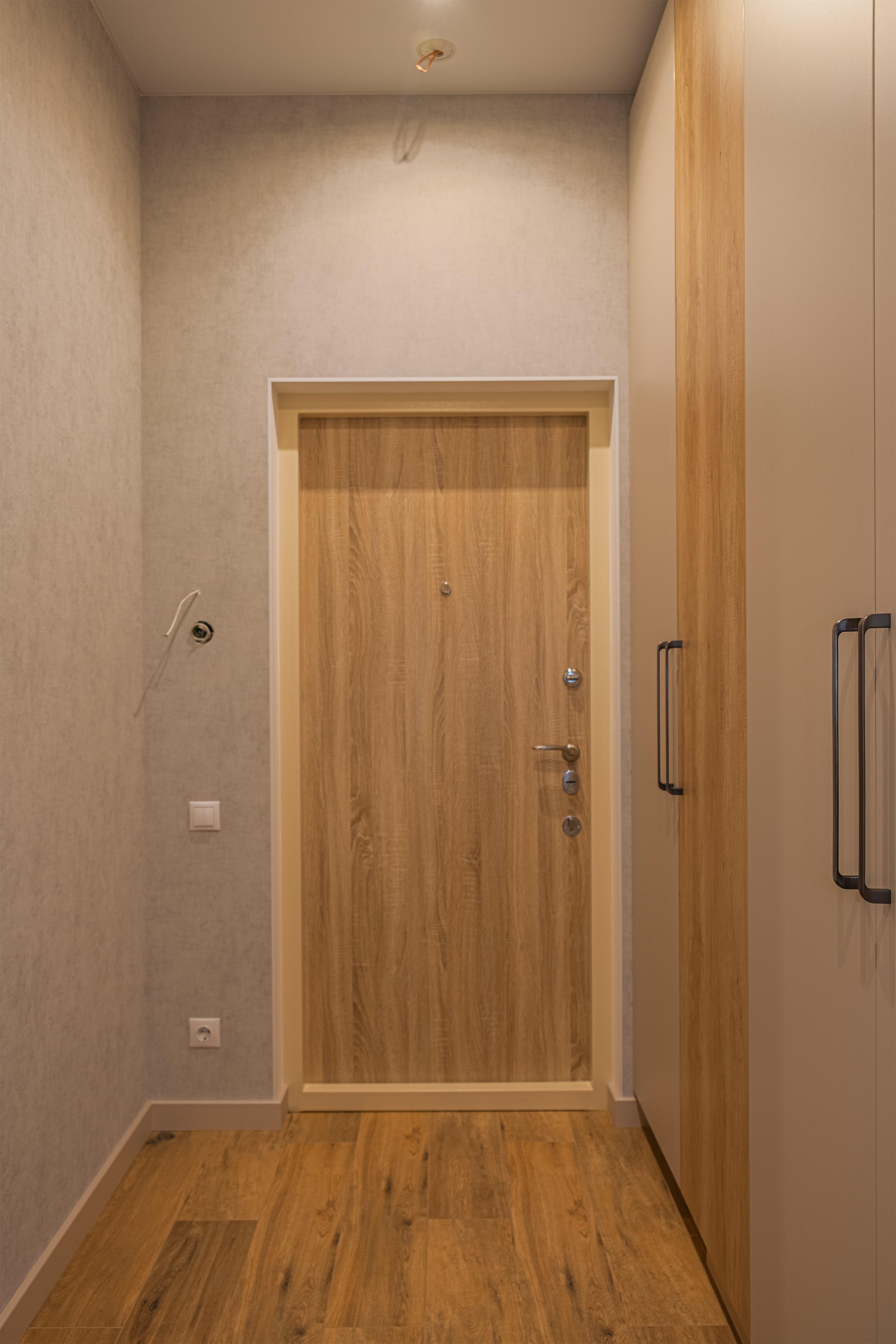 Ремонт дверей в ЖК Гагаринский Стикон