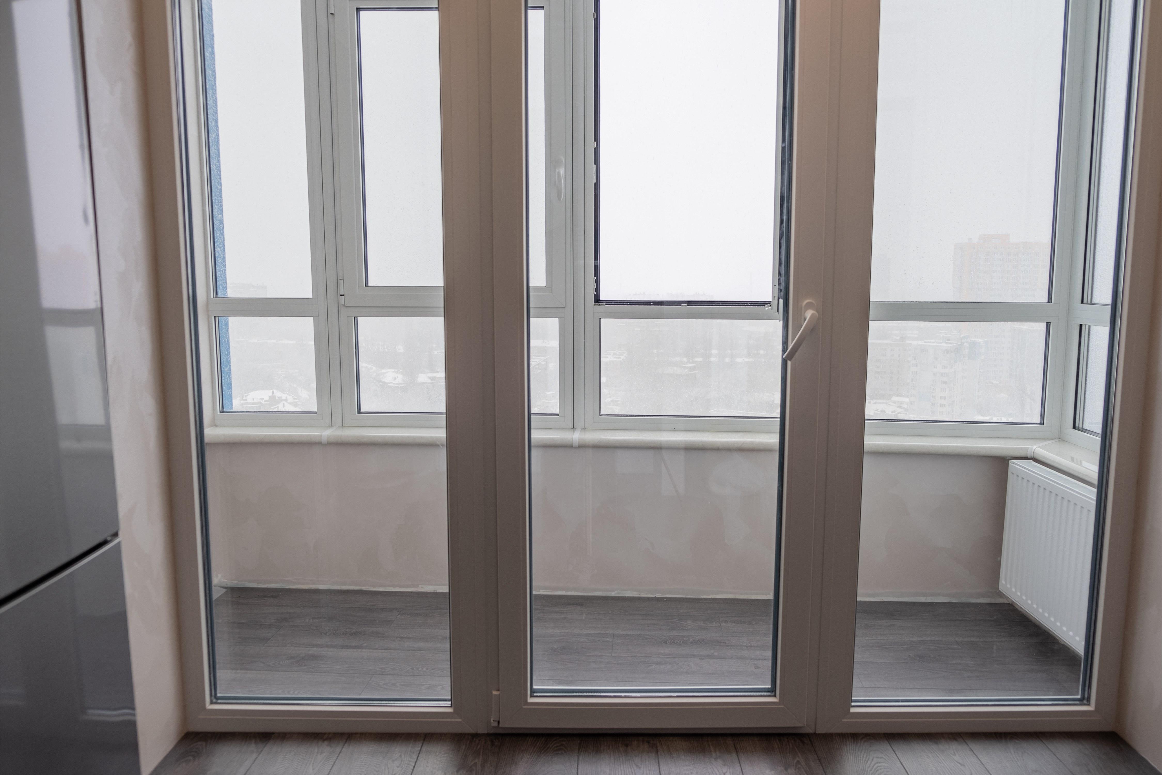 Балкон после ремонта квартиры в Одессе 4 сезона
