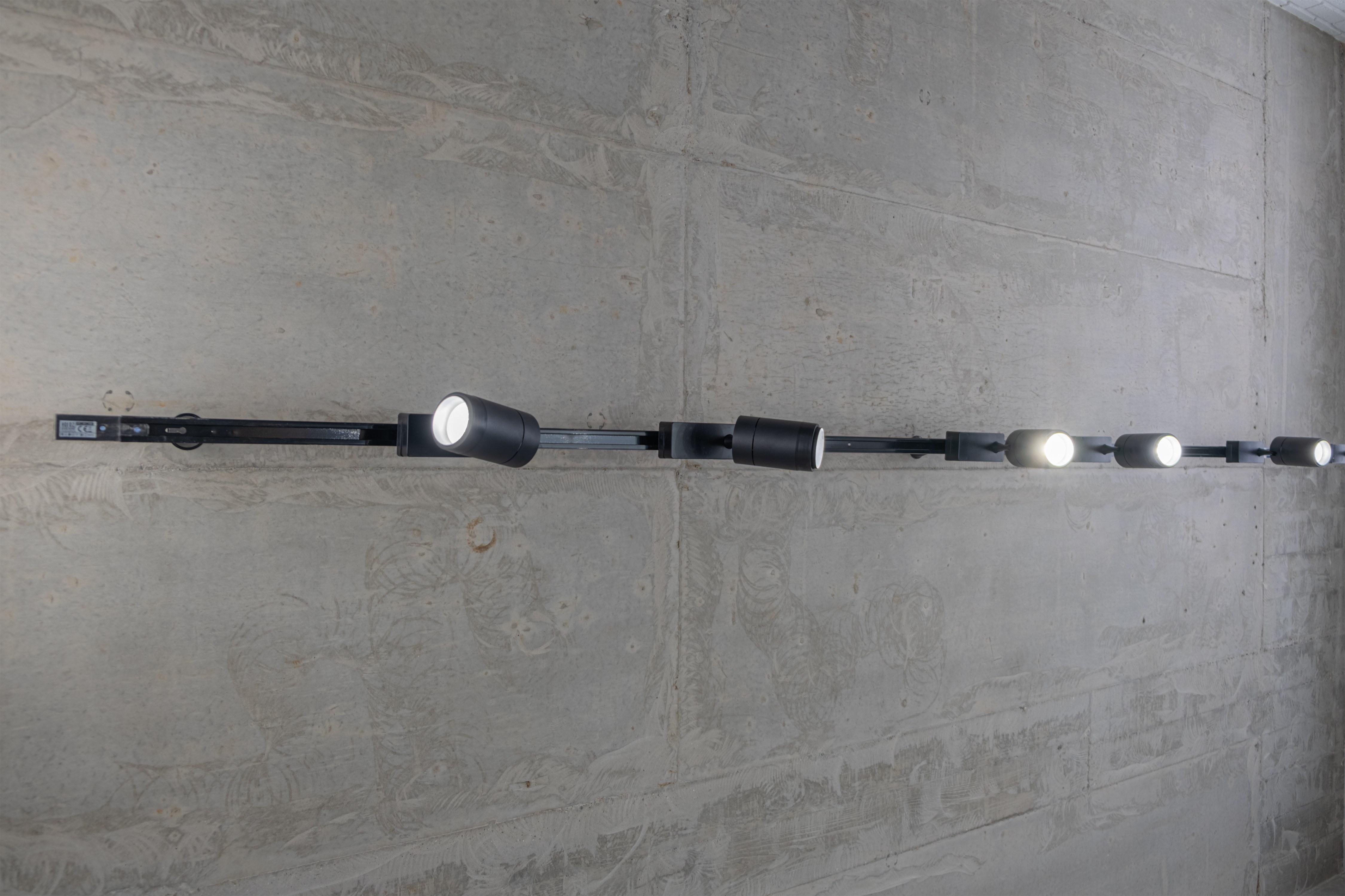 Трековые светильники в стиле Лофт после ремонта Одесса