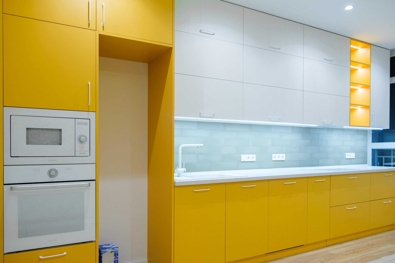 Дизайнерская кухня после ремонта в Одессе